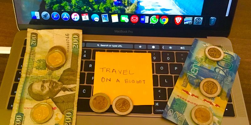 The 10 Commandments of Saving Money While Travelling