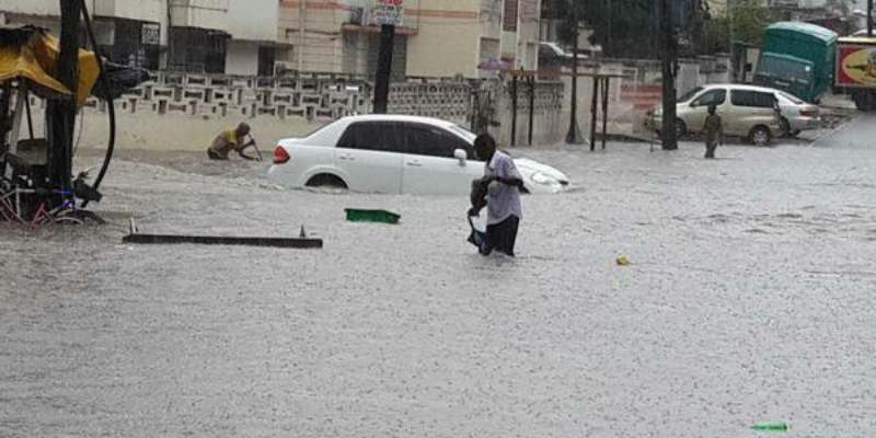 How to Stay Safe When Driving in Heavy Rains