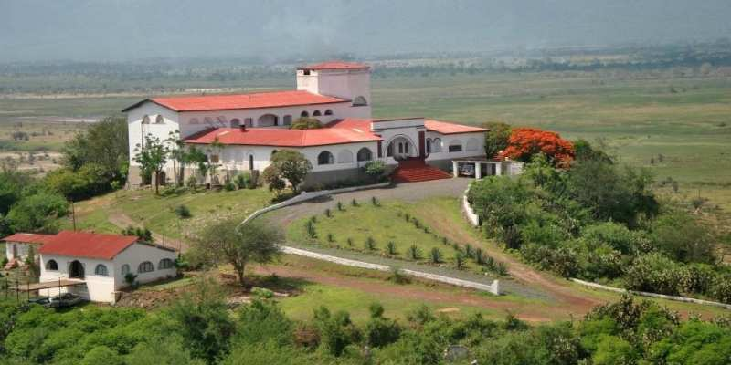 Grogan Castle Hotel Taveta: A Palace in the Wilderness
